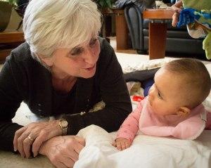 Sophie visiting her Nanny i Toronto